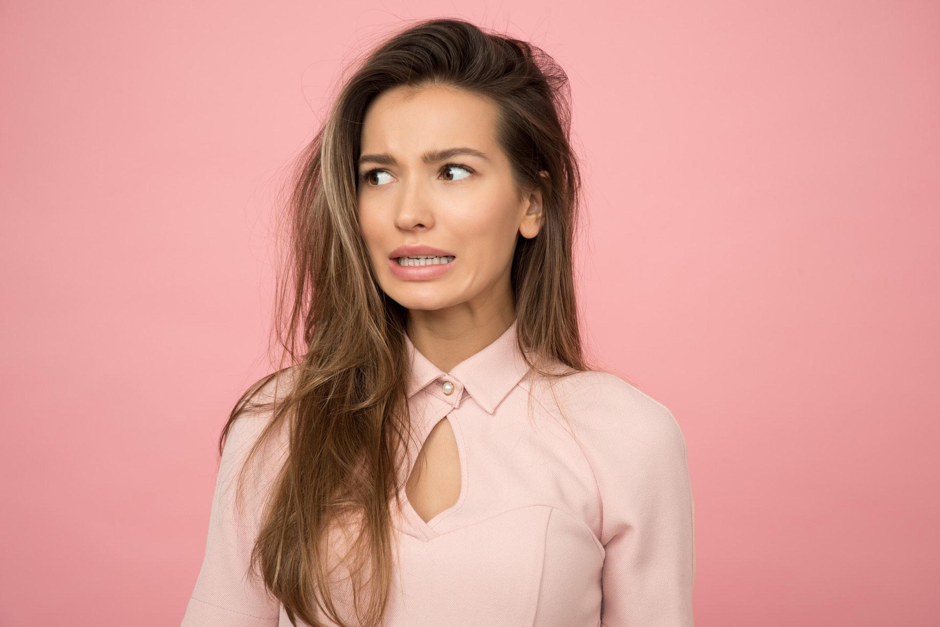 Conheça alguns tipos de tratamentos para dores agudas e rouquidão