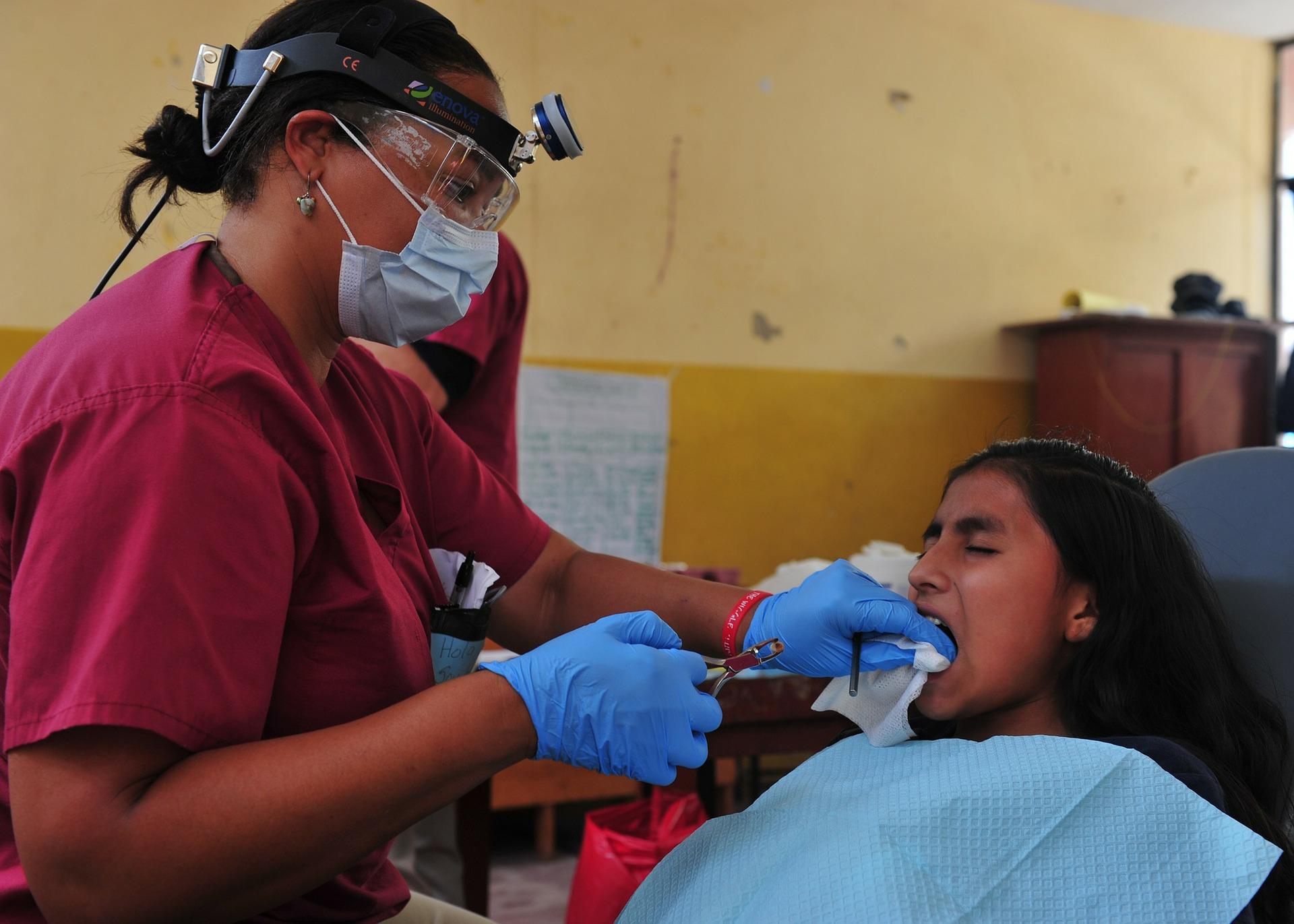 Você não precisa sentir dores de dente para saber o que é extração do siso