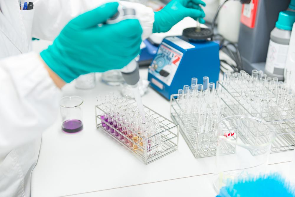 Alguns dos serviços que você pode encontrar em laboratórios