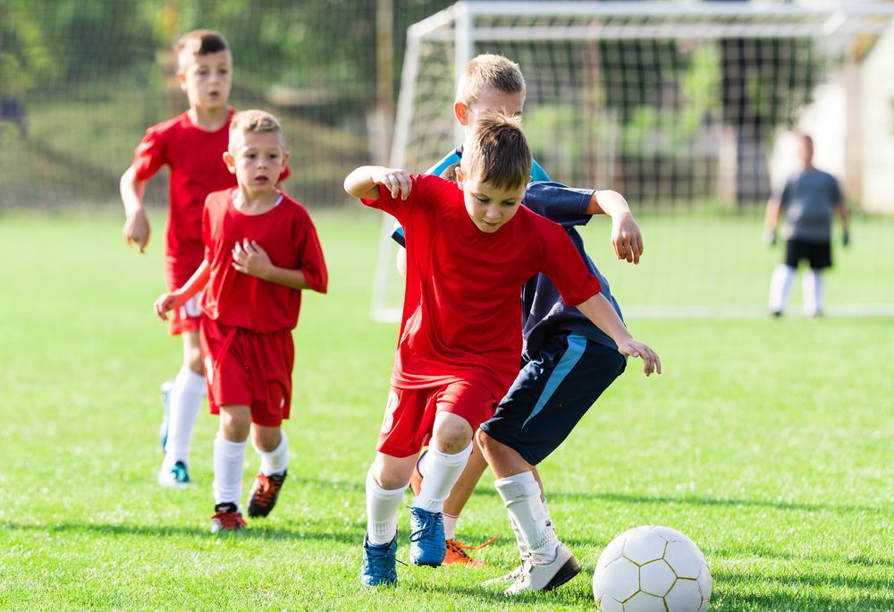 5 benefícios dos esportes para as crianças