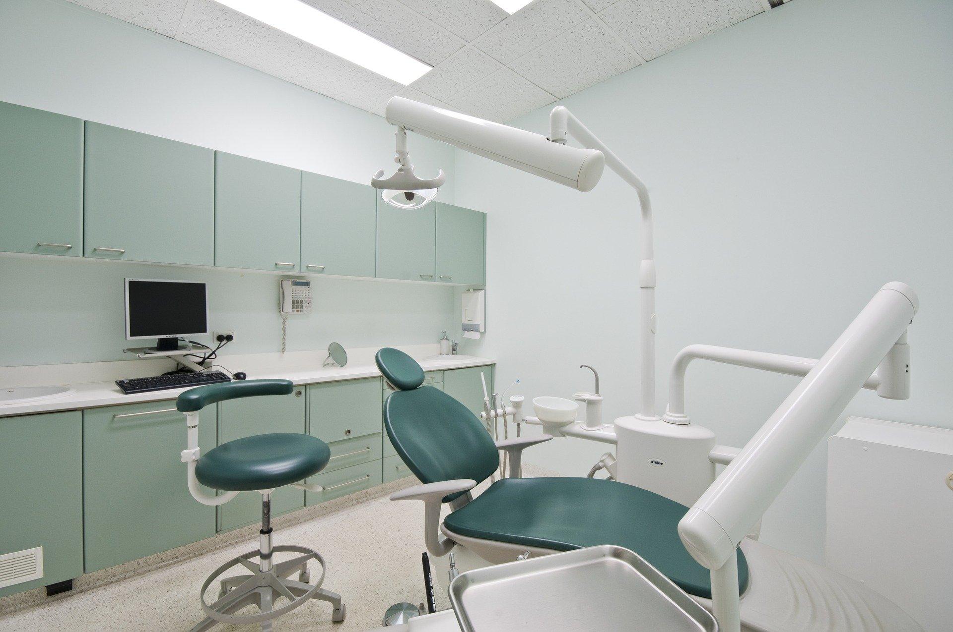 Visita ao dentista evita problemas da saúde em geral