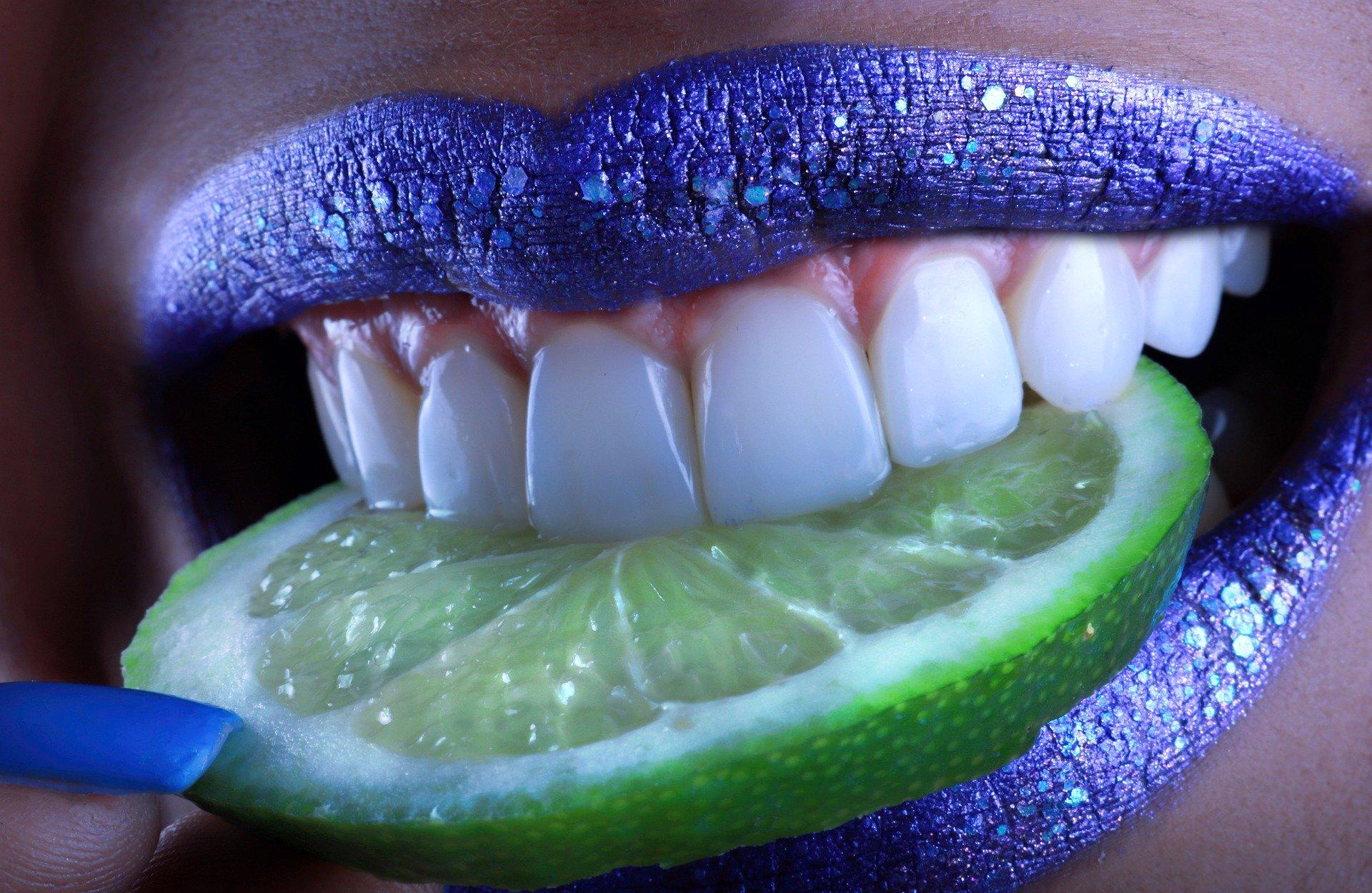 Entenda porque é importante ir ao dentista